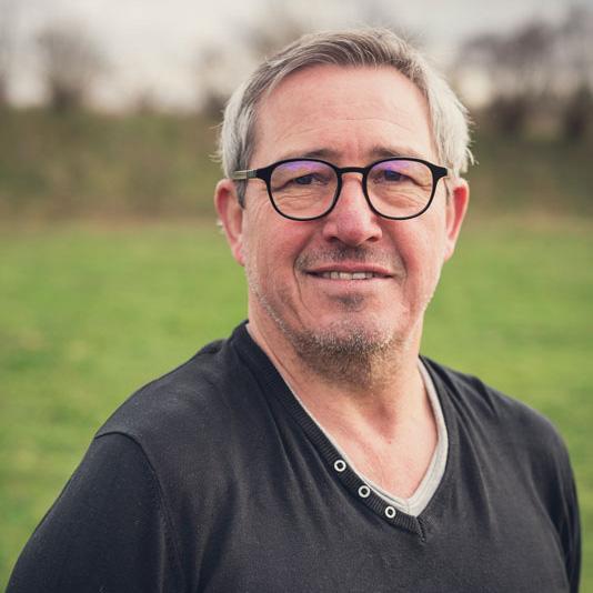 Éric Ruche